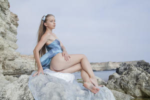 http://img219.imagevenue.com/loc1030/th_019548204_tduid300163_SexArt_Kinida_Milena_D_high_0027_123_1030lo.jpg