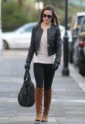 Филиппа Шарлотта 'Пиппа' Мидлтон, фото 67. Philippa Charlotte 'Pippa' Middleton Pippa Walking to Work x25 HQ, foto 67