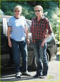 "Ellen Degeneres and Portia De Rossi ""Cowgirls"" wallpaper"