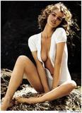 Eva Herzigova GQ Italy 08/08 - pregnant and nude Foto 204 (Ева Херцигова GQ Италия 08/08 - беременные и обнаженные Фото 204)