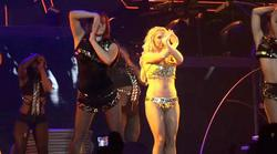 http://img219.imagevenue.com/loc898/th_835076183_Britney_Spears_Live_In_SPB.avi_20130529_172801.109_123_898lo.jpg